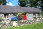 Teifi Valley Grade II listed quaint holiday cottage - pets welcome