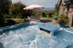 Hot tub holiday cottage Wales - hot tub