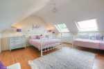 Holiday house sleeping 9 Aberdaron - 1st floor triple /double bedroom