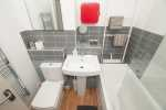 Luxury apartment Criccieth - bathroom