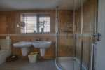 St Davids holiday cottage-separate shower cubicle