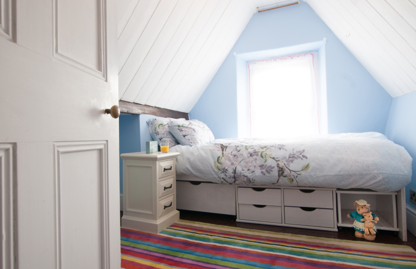 Cardigan bay holiday cottage  - single bed