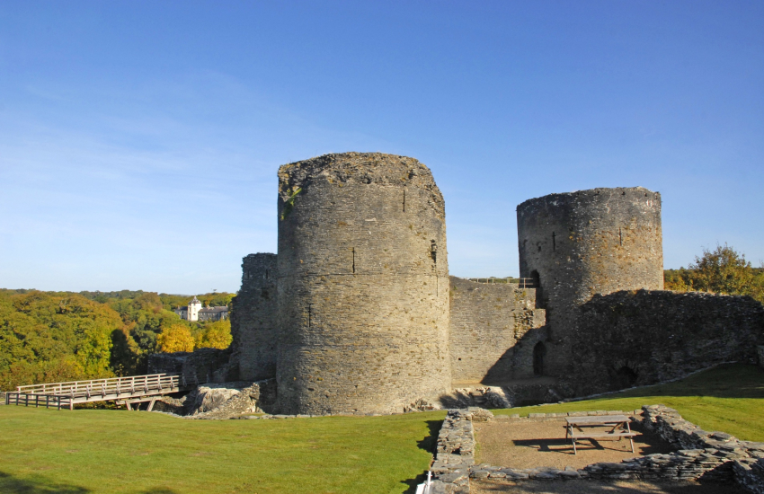 Cilgerran Castle owned by the National Trust