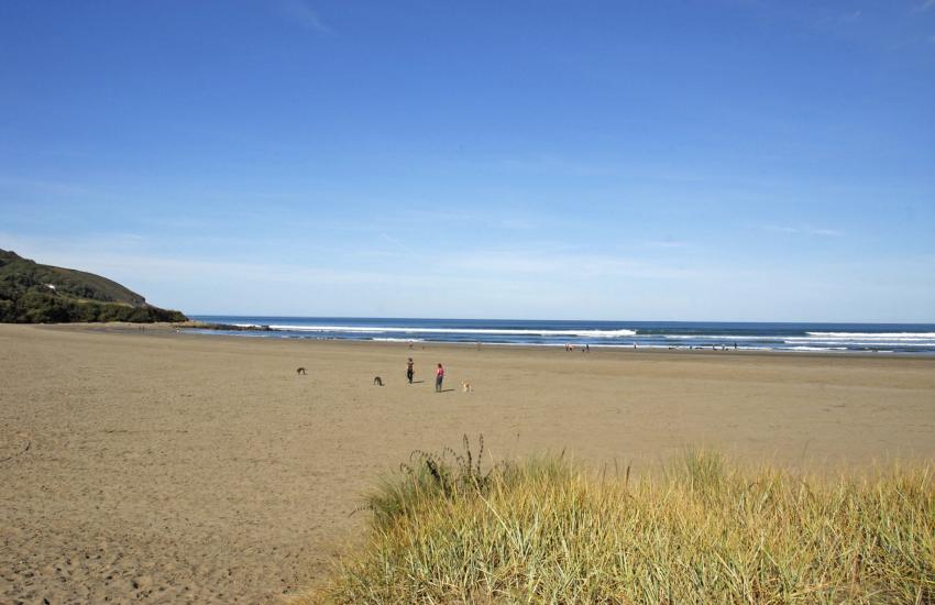 Poppit sands glorious beach