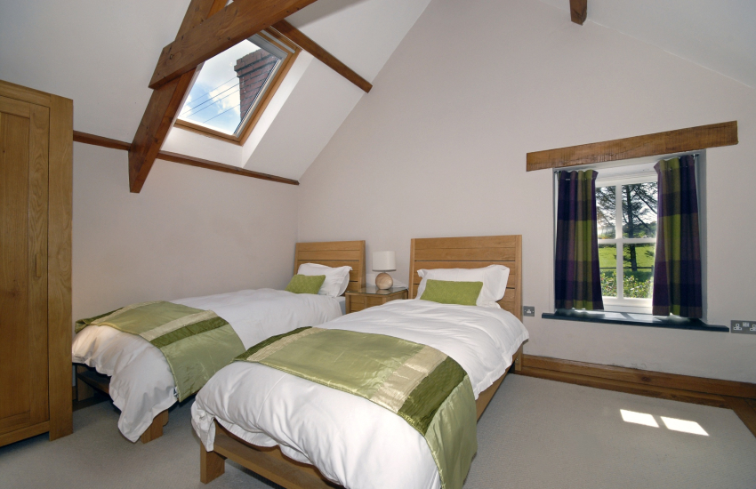 Porthgain holiday cottage twin