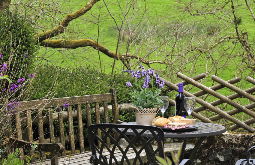 Cottage in the Brecon Beacons - patio
