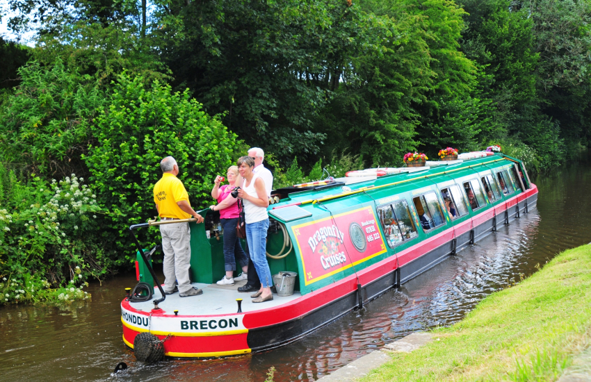 Canal boats Brecon Beacons