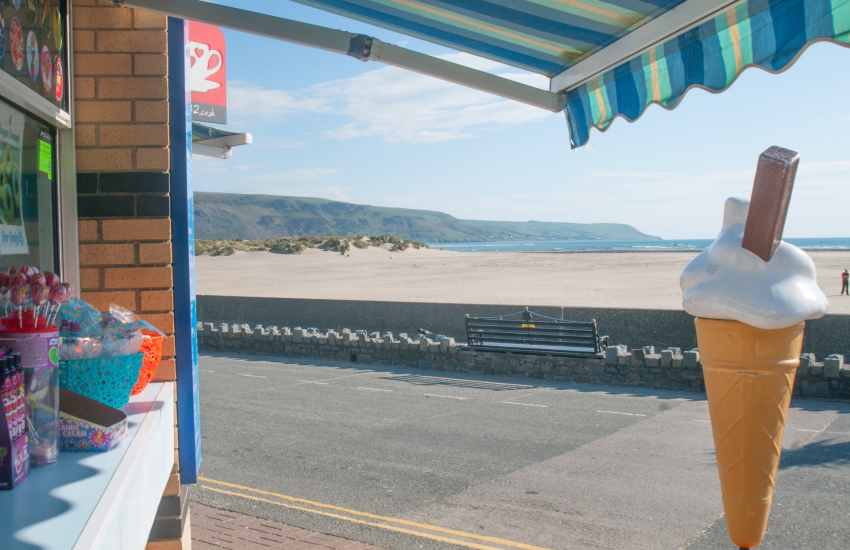 Barmouth seafront
