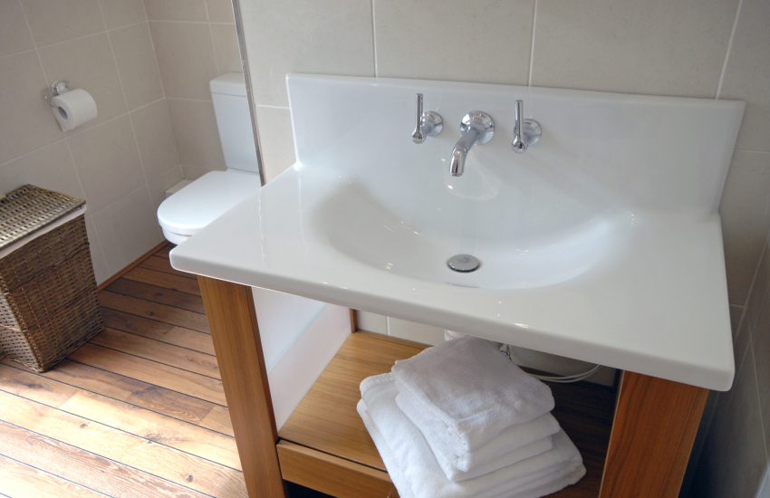Luxury bathroom furnishings