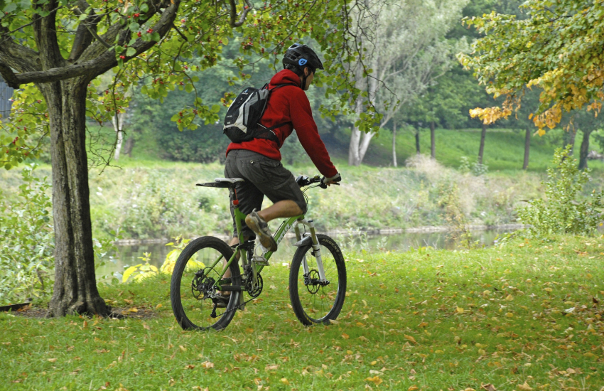 Cycle through Pleasant Valley Heritage Site along the old railway lines