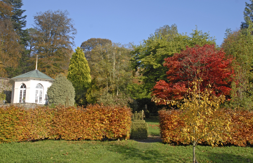 Colby Woodland Gardens (N.T) enjoy a family day out