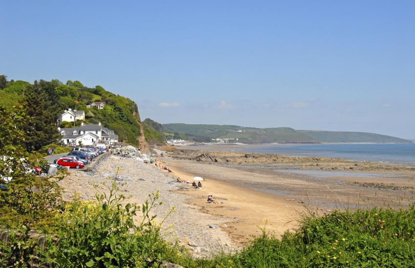 Wiseman's Bridge - a family friendly beach