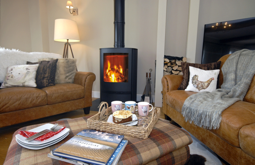 Cosy holiday barn conversion with log burner