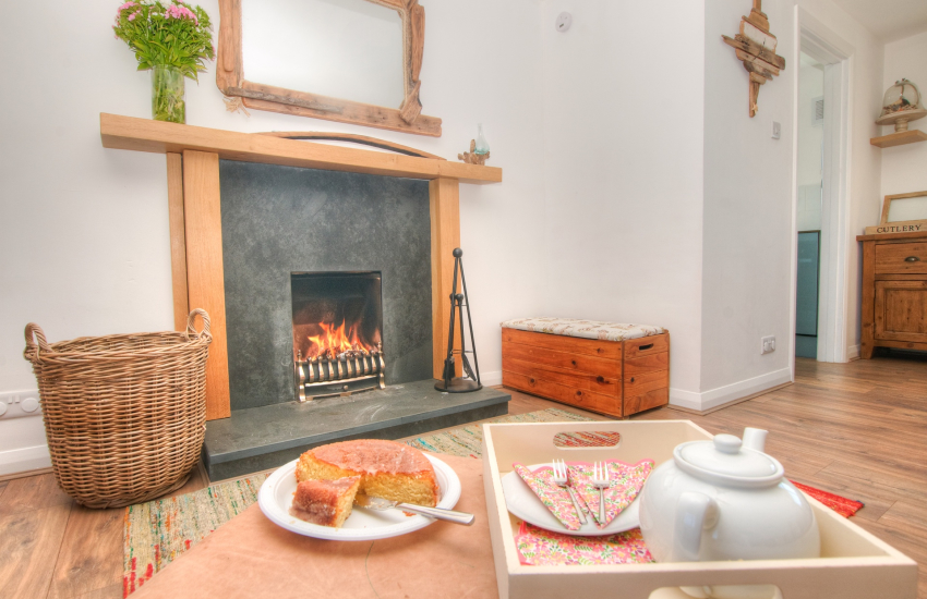 Pet friendly Coastal cottage Pembrokeshire - lounge