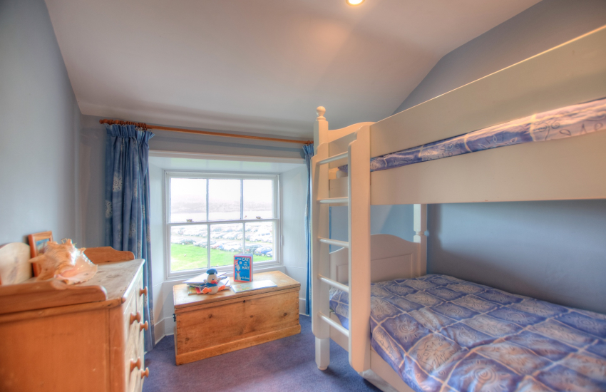 Anglesey holiday cottage sleeping 8 - bedroom