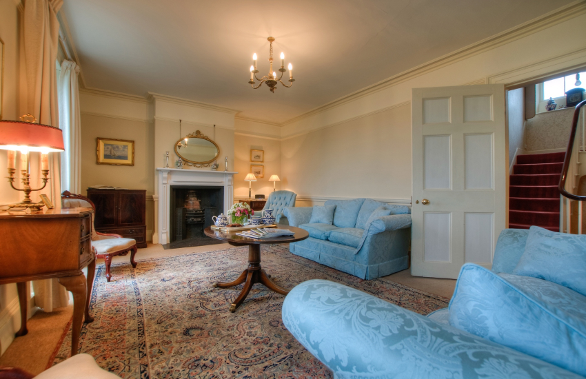 Beaumaris holiday cottage - sitting room