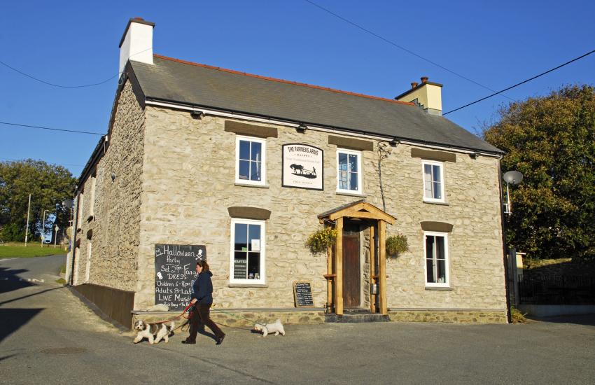 Farmers Arms, Mathry - a traditional dog friendly village pub