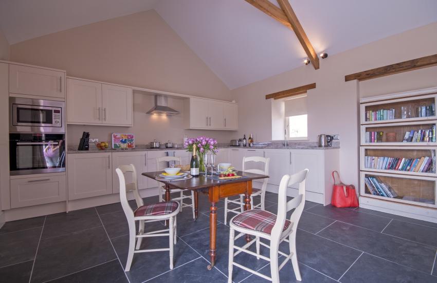 Open plan kitchen/diner/living room