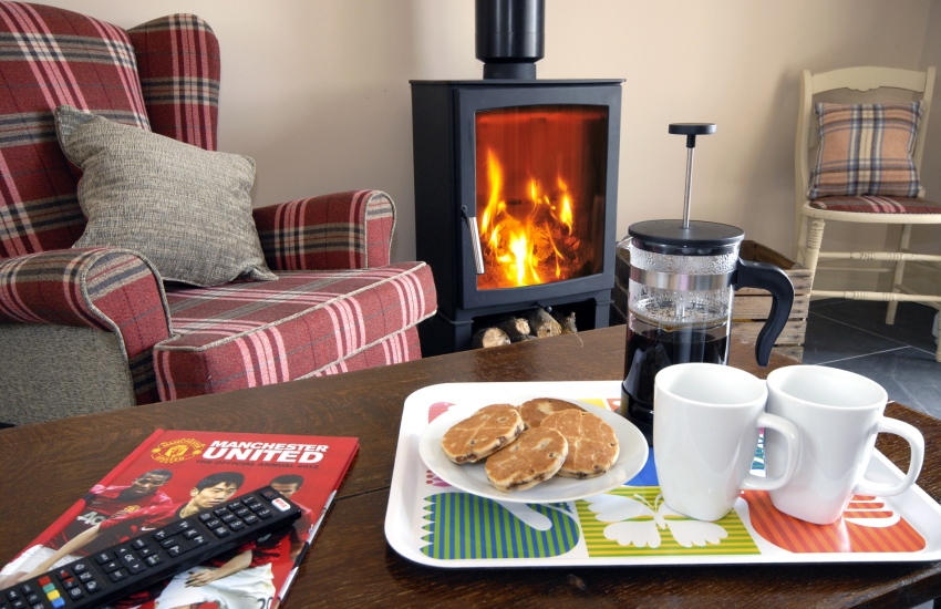 North Pembrokeshire holiday cottage with wood burning stove