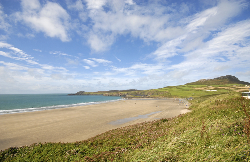Whitesands Bay (Blue Flag) - popular with families