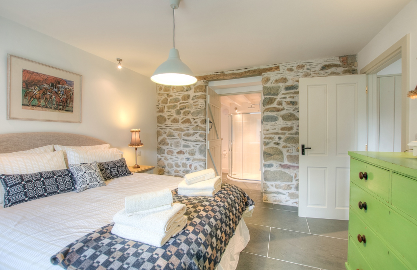 Luxury holiday house Pembrokeshire  - bedroom