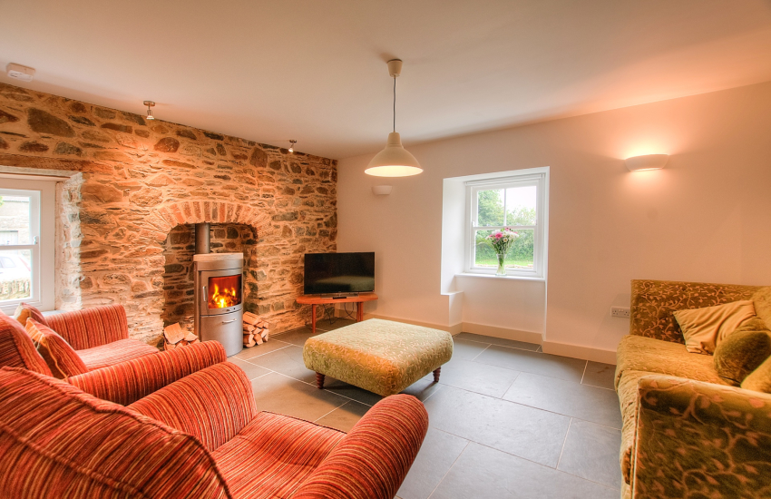 Pembrokeshire luxury holiday cottage  - snug