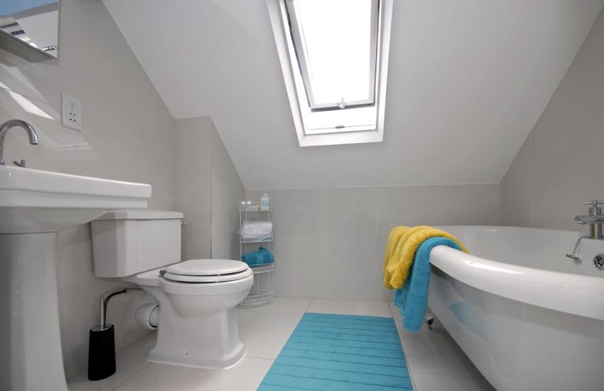 North Pembrokeshire holiday home - third floor bathroom