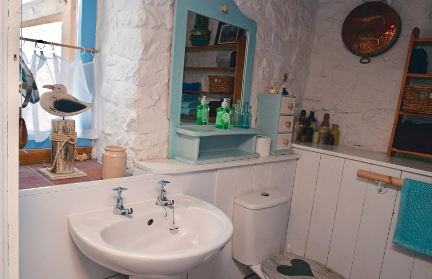 Holiday cottage - Bathroom