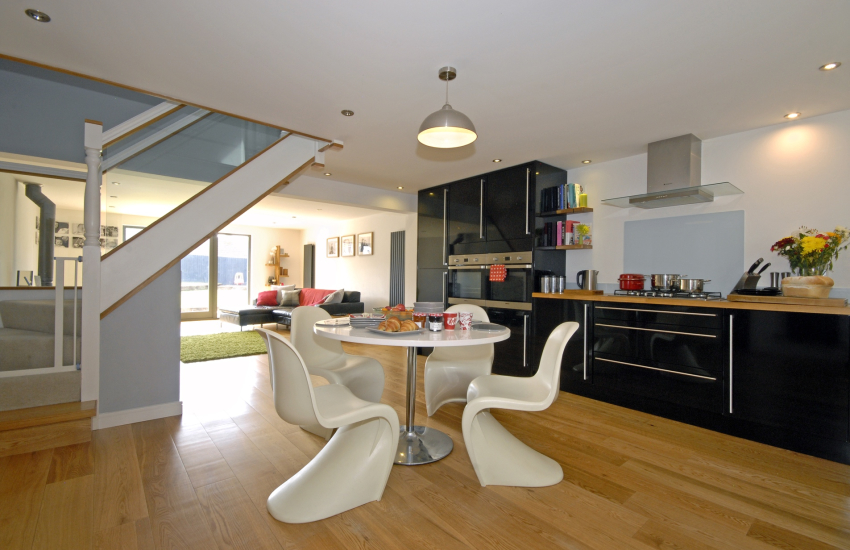 Modern fully fitted open plan kitchen diner