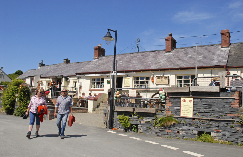 'The Sloop Inn' is a popular family friendly pub serving a choice of excellent bar food
