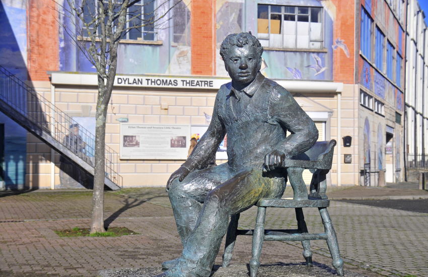Swansea is the birthplace of Dylan Thomas
