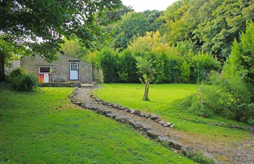Bosherston cottage holiday - ext
