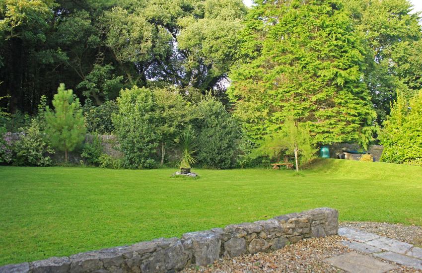 Barafundle cottage holiday - garden