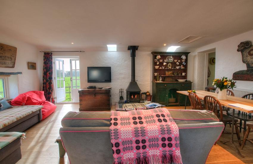 Pembrokeshire holiday cottage - lounge
