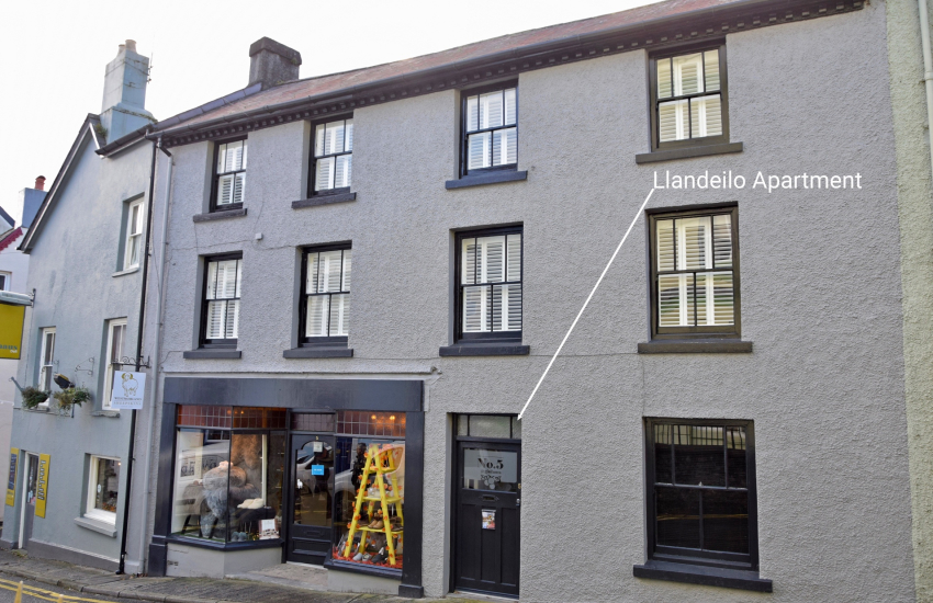 Fashionable duplex with a boutique hotel vibe in the smart County Town of Llandeilo