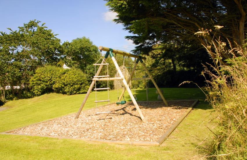 Pembrokeshire Georgian farmhouse - private gardens and children's swings