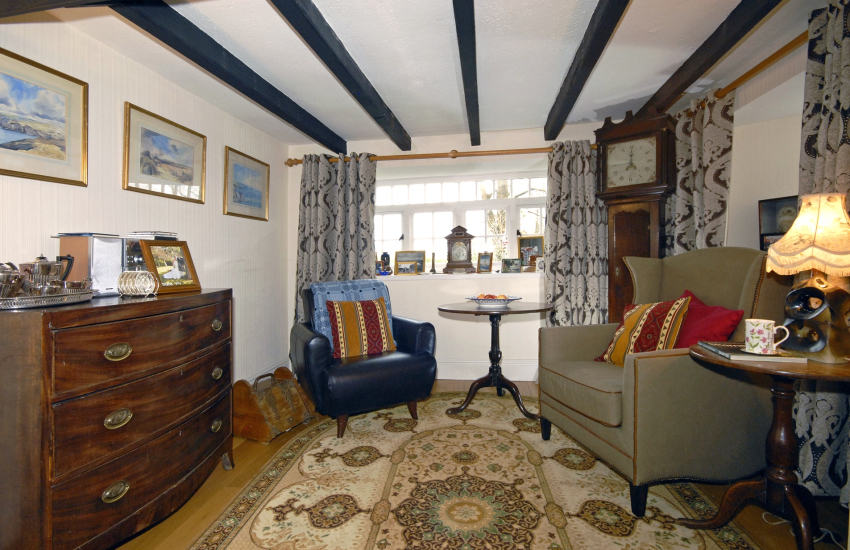 Self catering Solva holiday home sleeps 6 - pets welcome