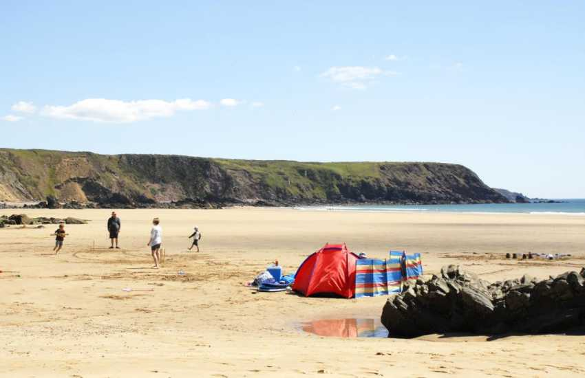 Marloes Sands (N.T) - a huge beach with interesting cliff formations and rock pools to explore at low tide