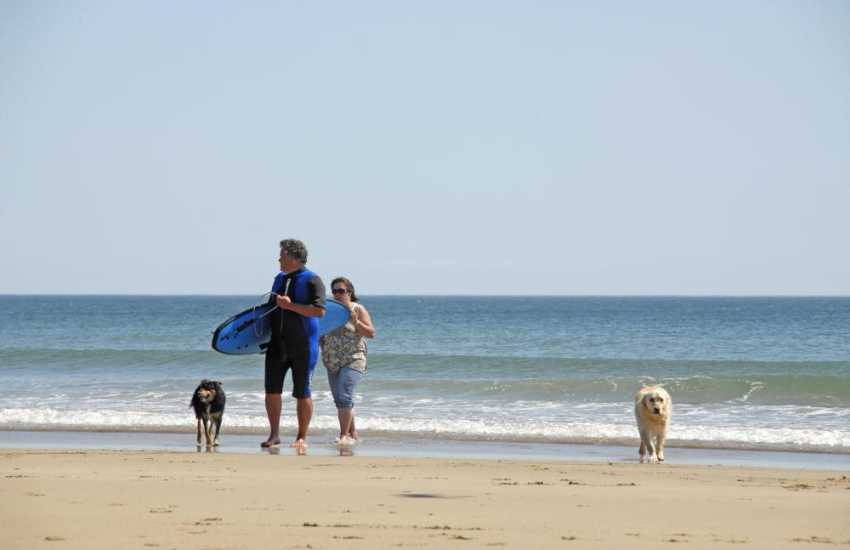 On the beach at Marloes - Pets welcomes