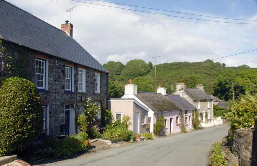 Moylegrove is a picturesque little hamlet just a few miles from Poppit Sands and Newport on the North Pembrokeshire coast