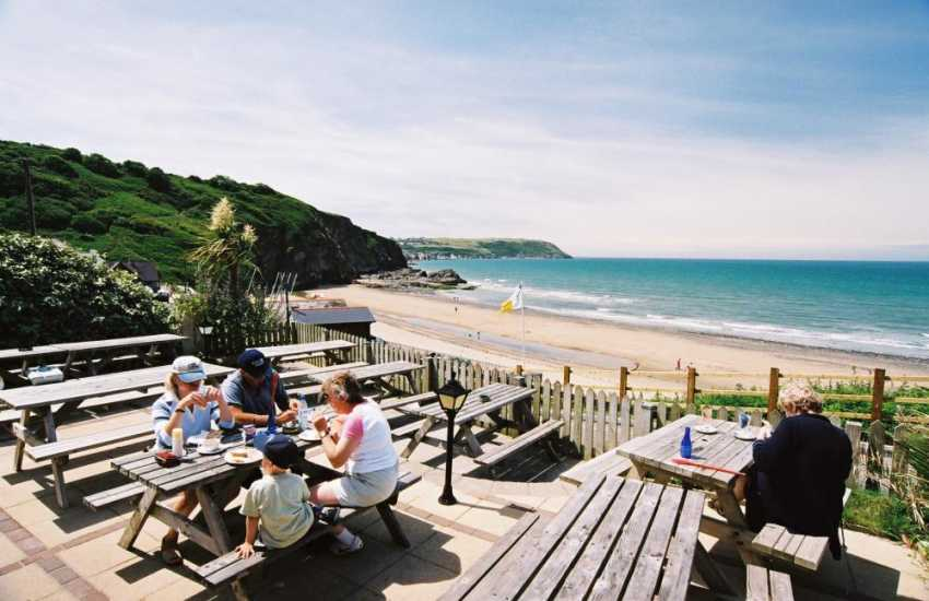 The wonderful outside eating area in the pub/restaurant overlooking the beach at Tresaith