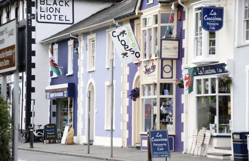 Discover Aberaeron's small shops nearby and sample tea and cake in one of the atmospheric cafes