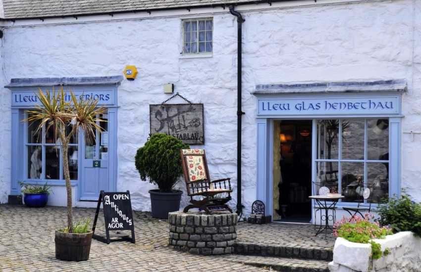 Harlech is full of pretty shops and cafes