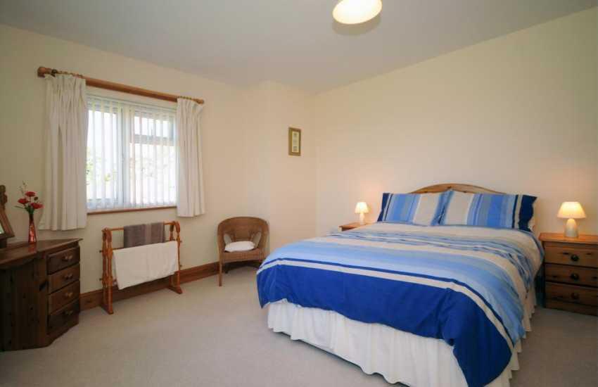 Pwllheli holiday house - bedroom