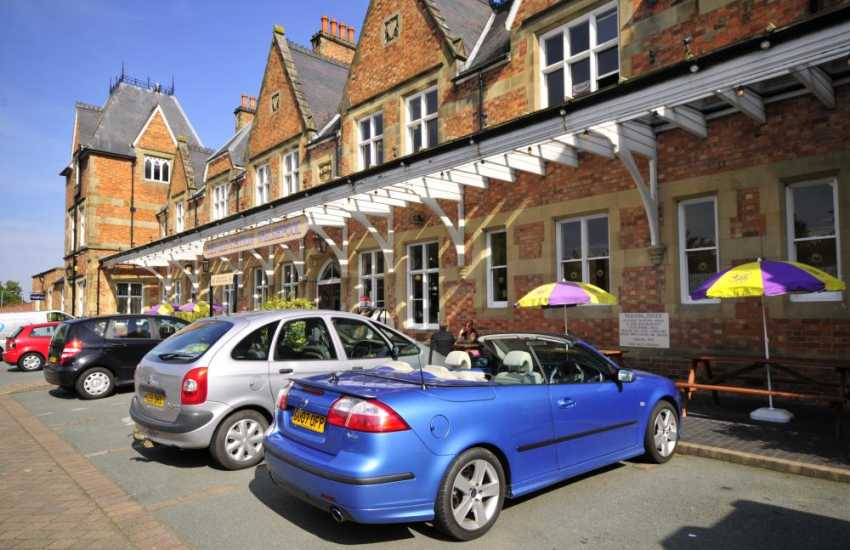 Welshpool offers a unique opportunity for both the holidaymaker and the local visitor to shop in 'The Old Station' - one of the most elegant listed buildings in the area