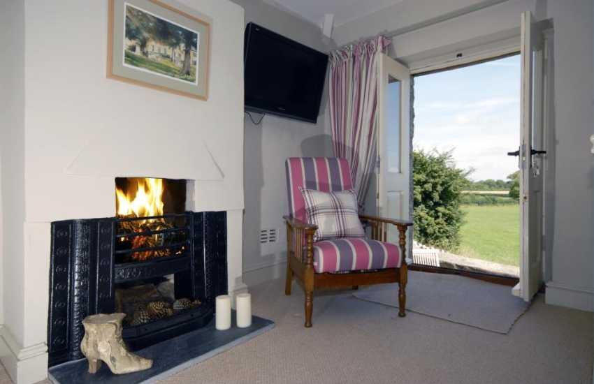 South Wales Jurassic Coast holiday home with open fire and countryside views