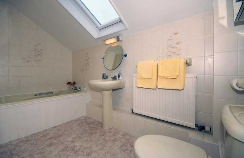 Pembrokeshire holiday farmhouse - family bathroom with seperate shower
