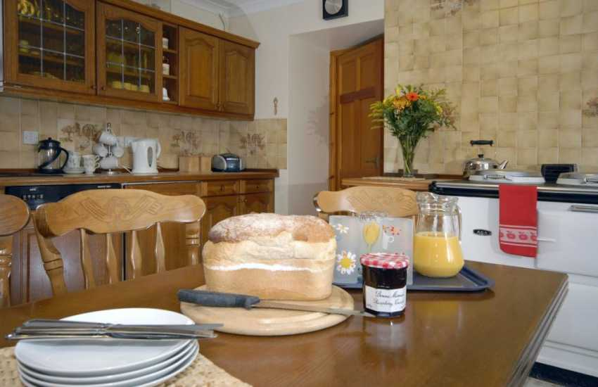 Traditional Welsh holiday farmhouse near Porthgain, Pembrokeshire