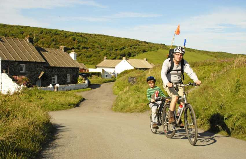 Cycle down quiet country lanes - Bicycle hire from pembrokeshirebikes.co.uk also you can request delivery