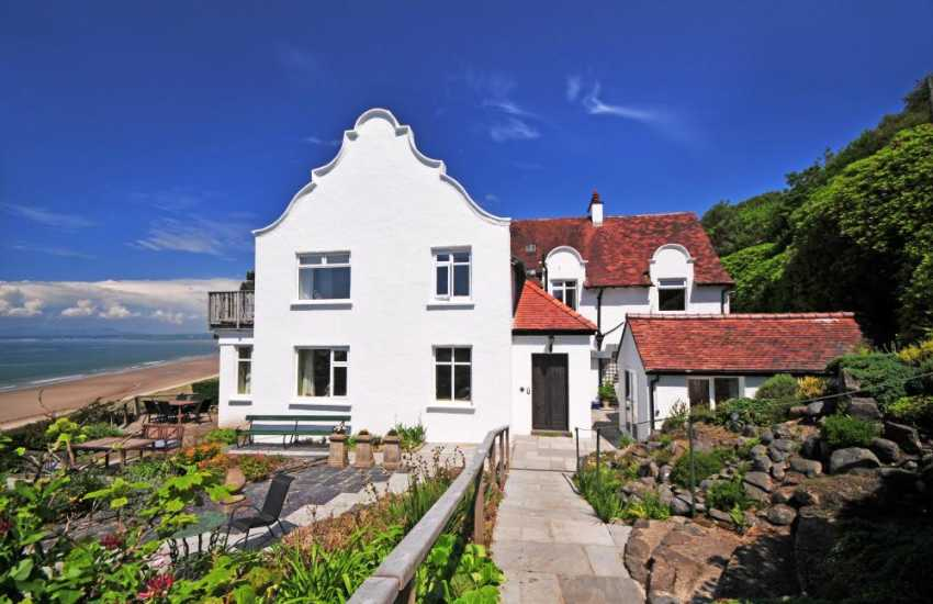 Holiday cottage on the coast North Wales - exterior